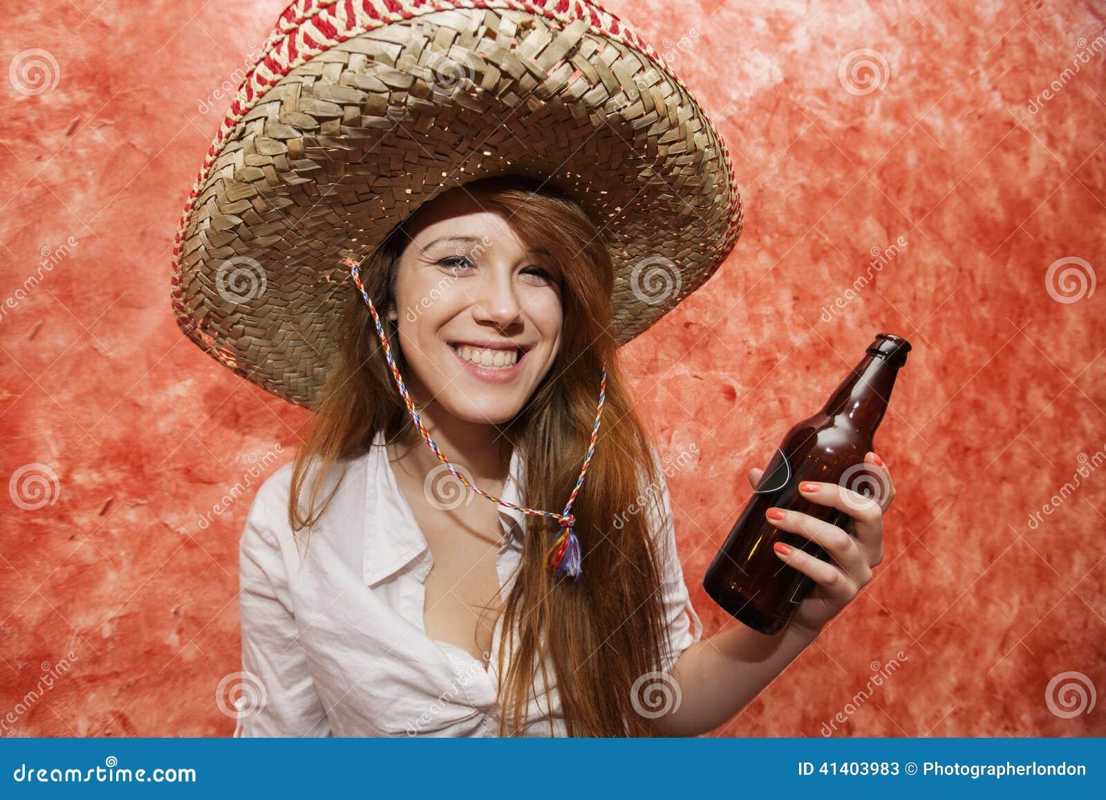Weißes Mädchen aus einem mexikanischen Mann
