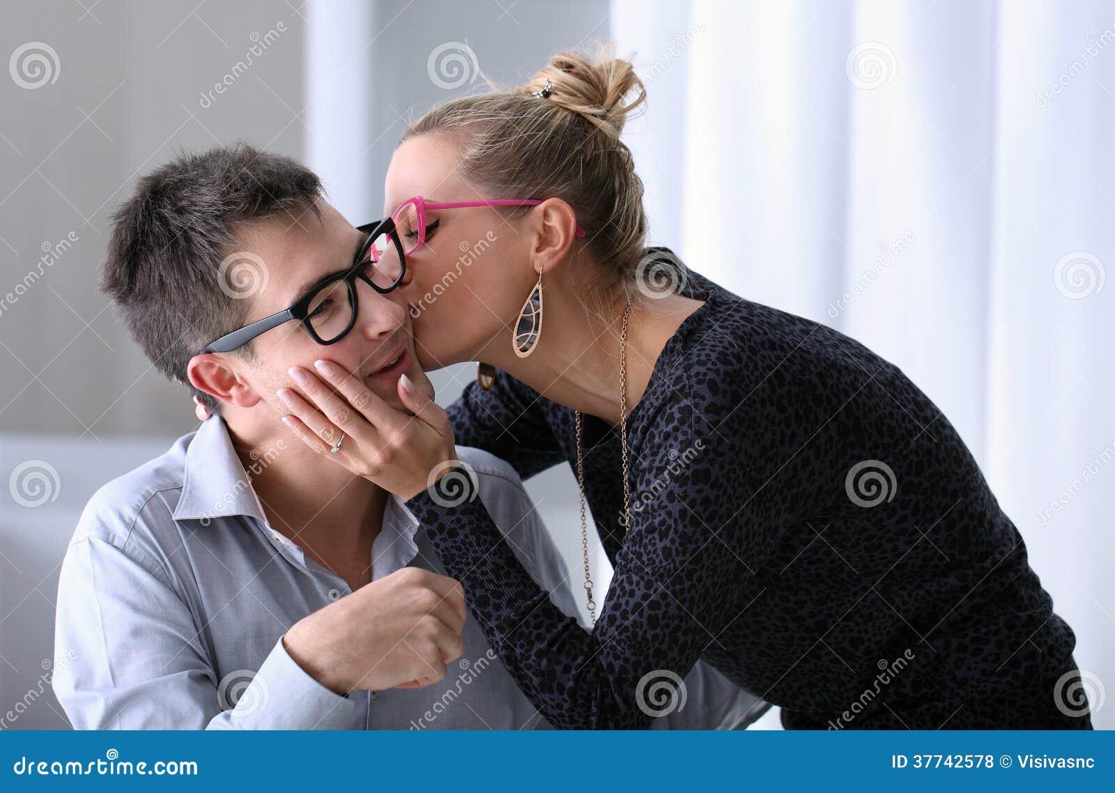 küssen im büro
