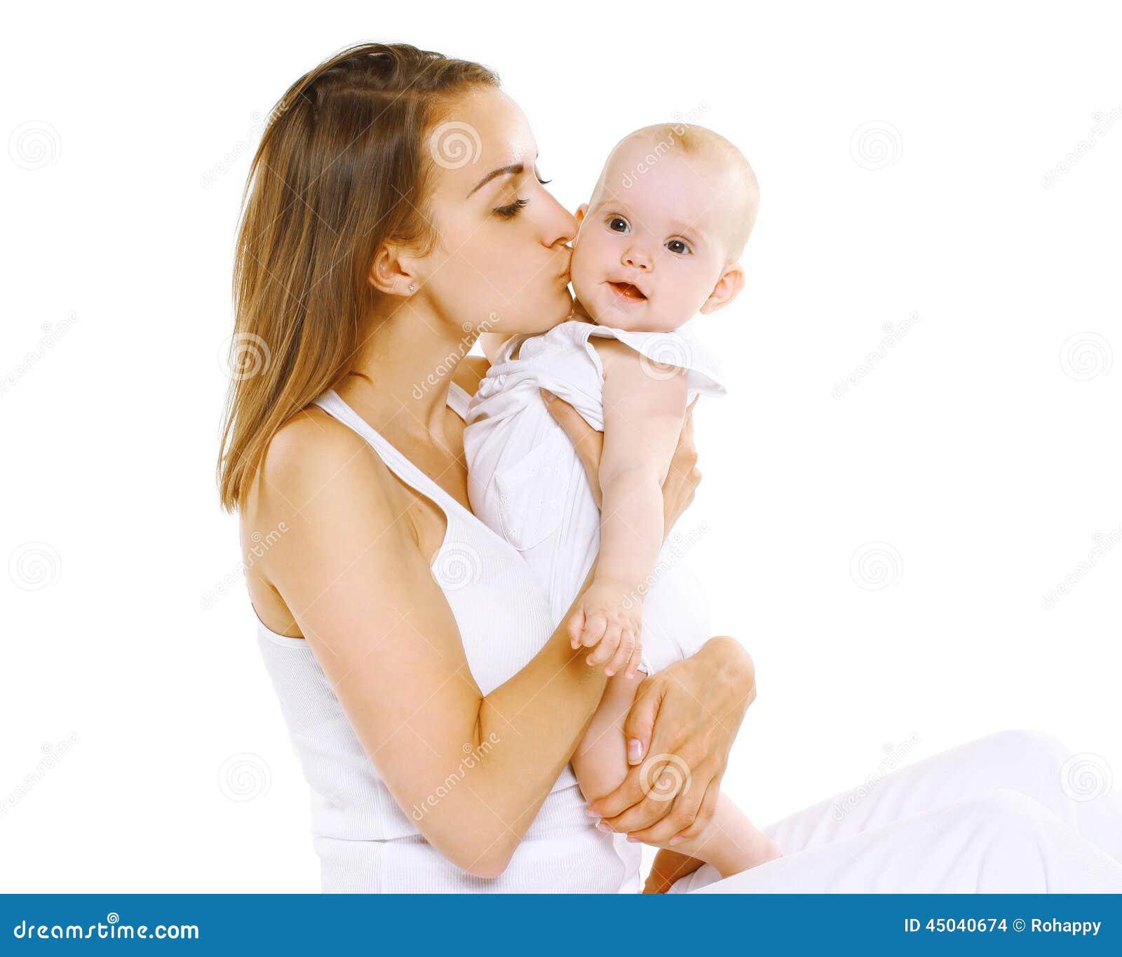 Glückliche sinnliche Mutter und Baby