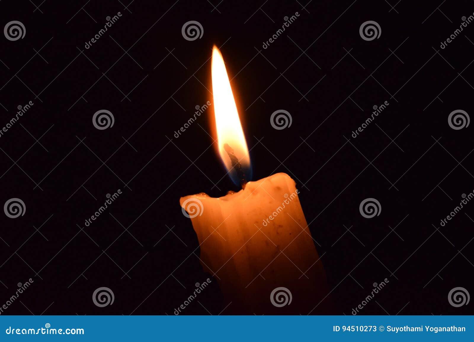 Glühende Kerze
