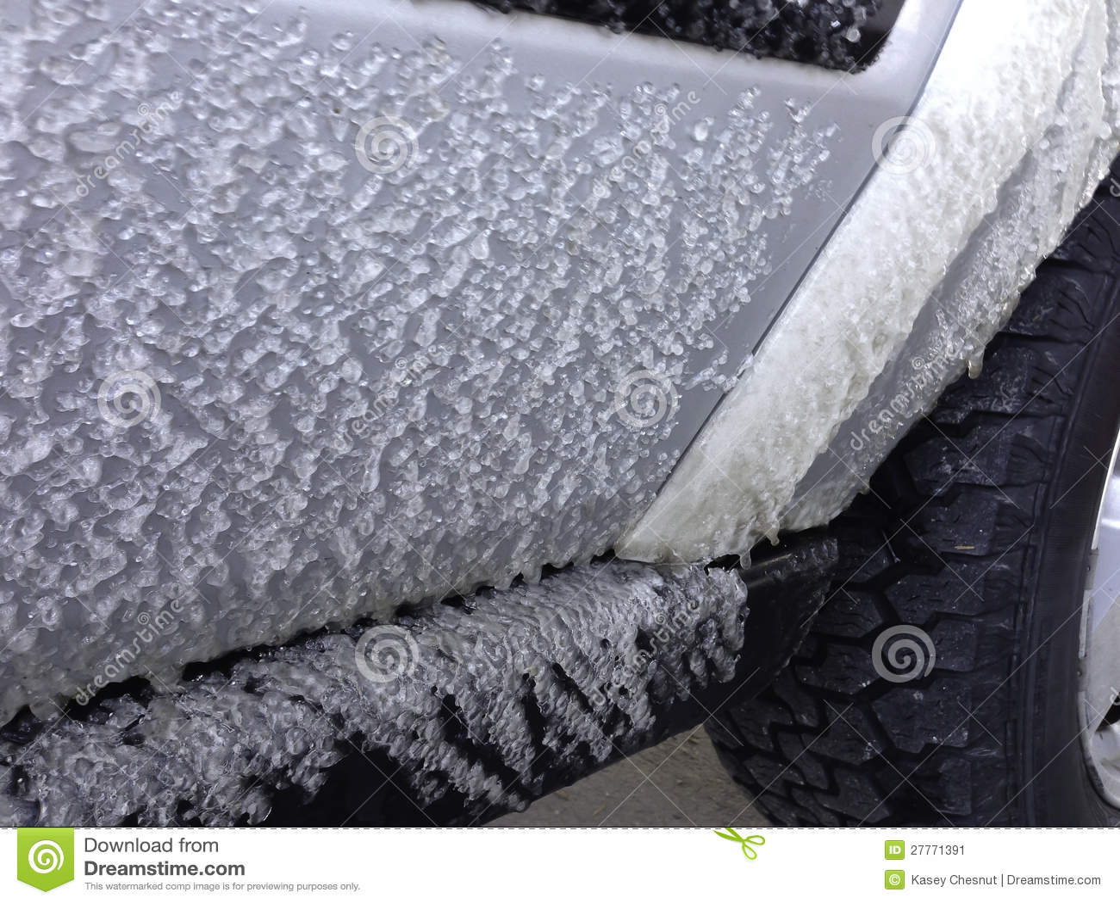 Glace congelée au déplacement de véhicule