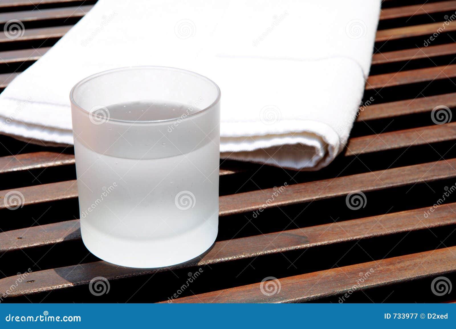 Glace de l eau de glace à la ressource