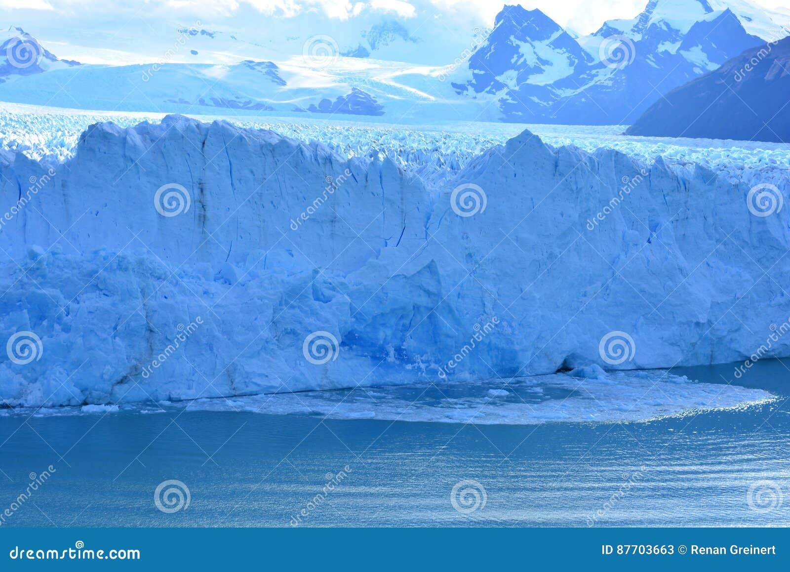 Glacez la chute du glacier de Perito Moreno en EL Calafate, Argentine