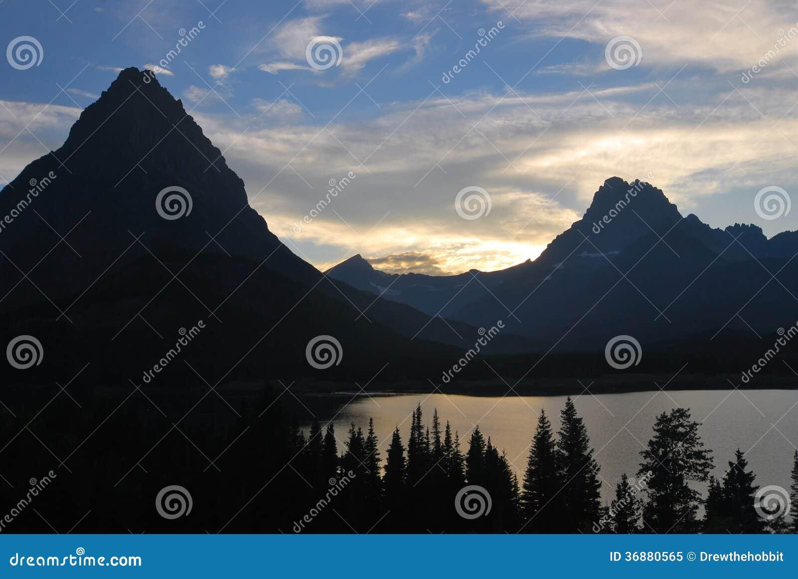 Download Glacier National Park Nel Montana Immagine Stock - Immagine di campeggio, hiking: 36880565