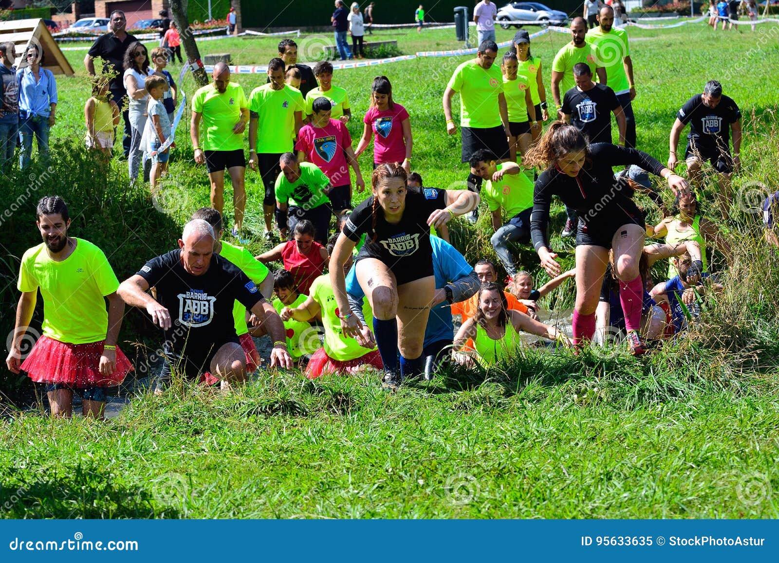 Gladiador Race - raça de obstáculo extrema no La Fresneda, Espanha