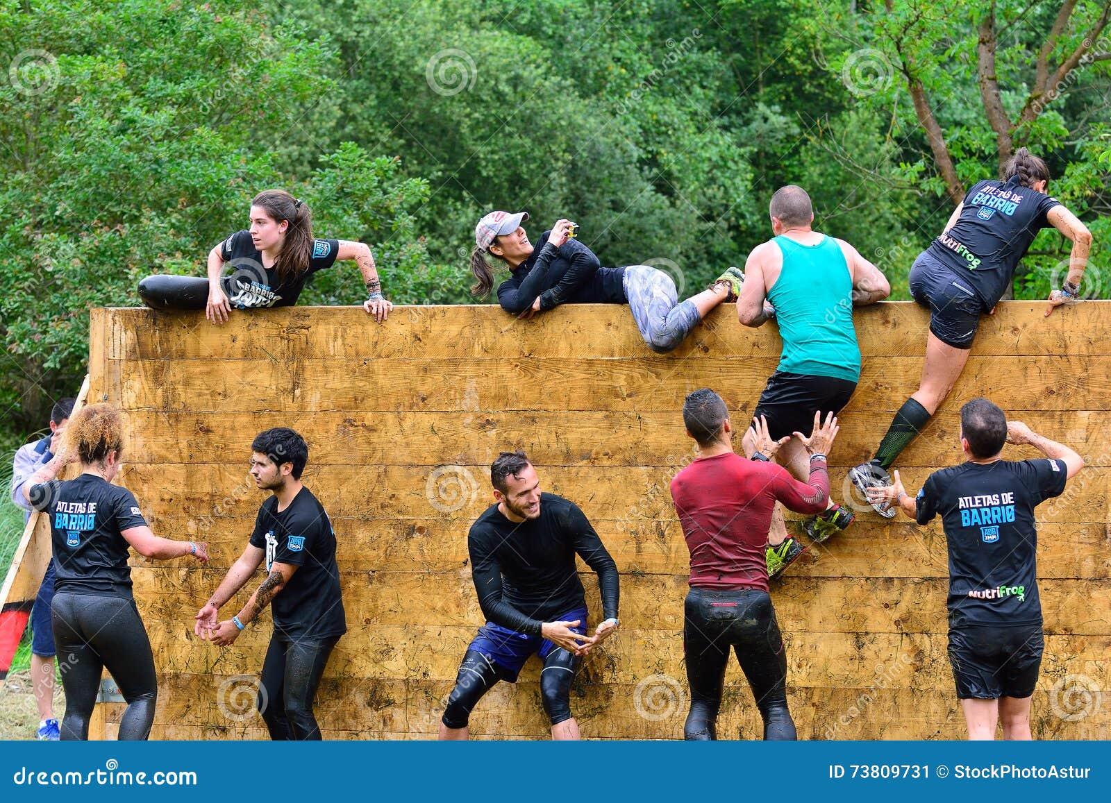 Gladiateur Race - course d obstacle extrême en La Fresneda, Espagne