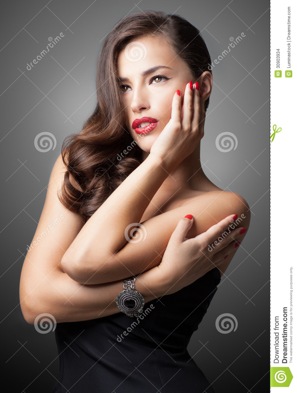Glamorous Beauty Fashion Girl Portrait. Beautiful Young Woman Wi ...