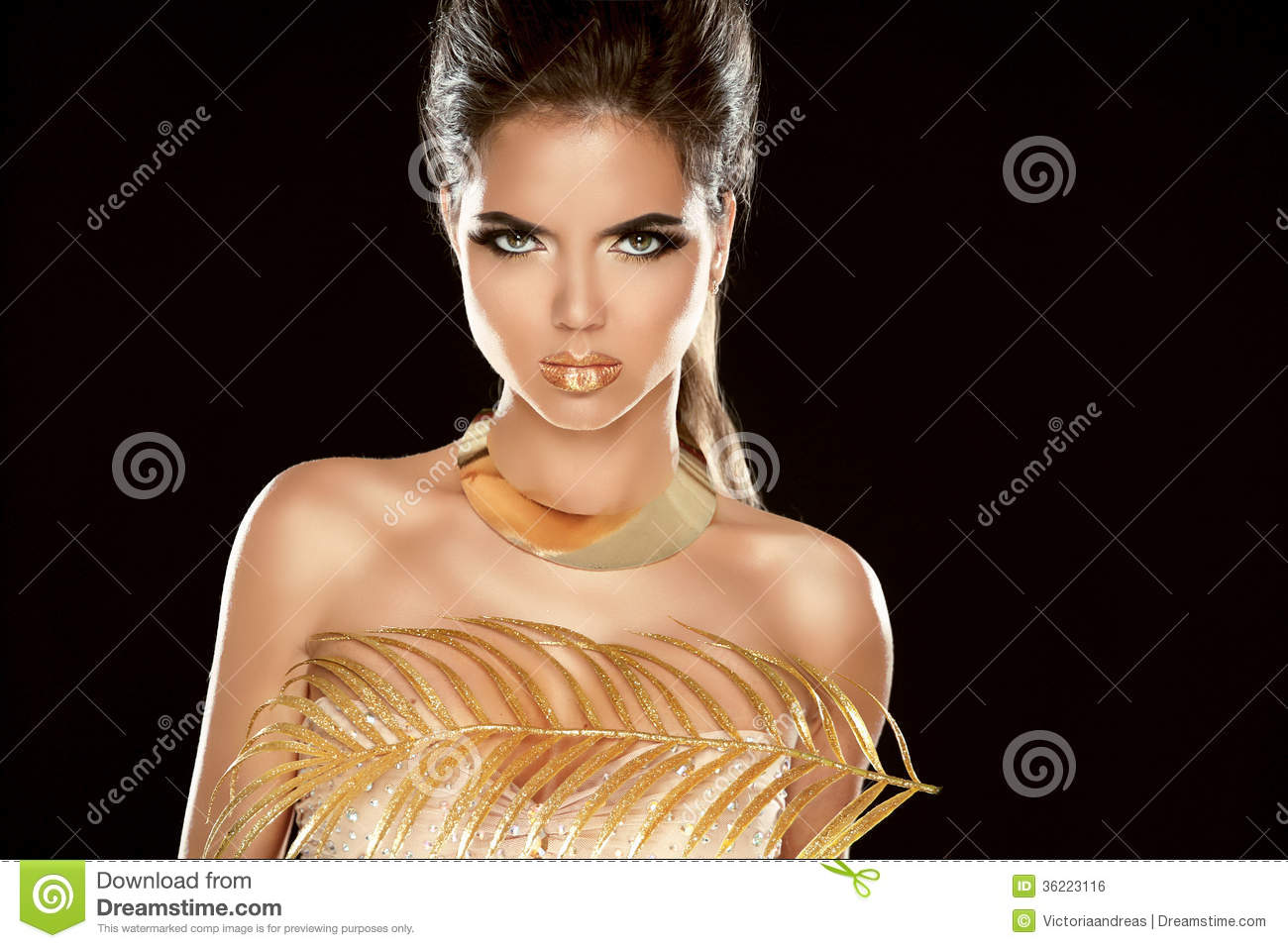 Glamour Fashion Girl Model Portrait With Luxury Golden Jewelry Royalty Free Stock Image Image