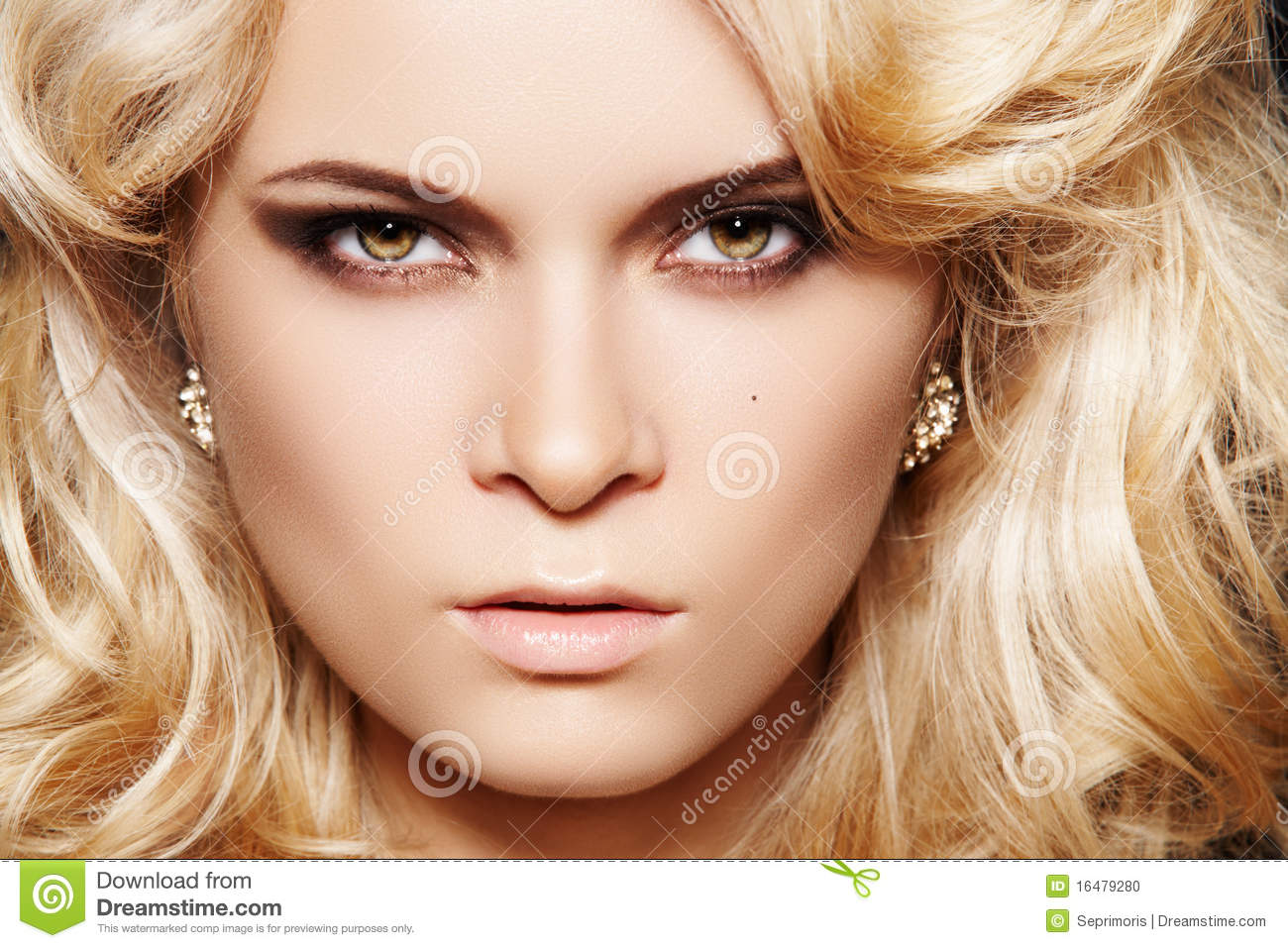 Glamour woman with make-up & chic shiny jewellery