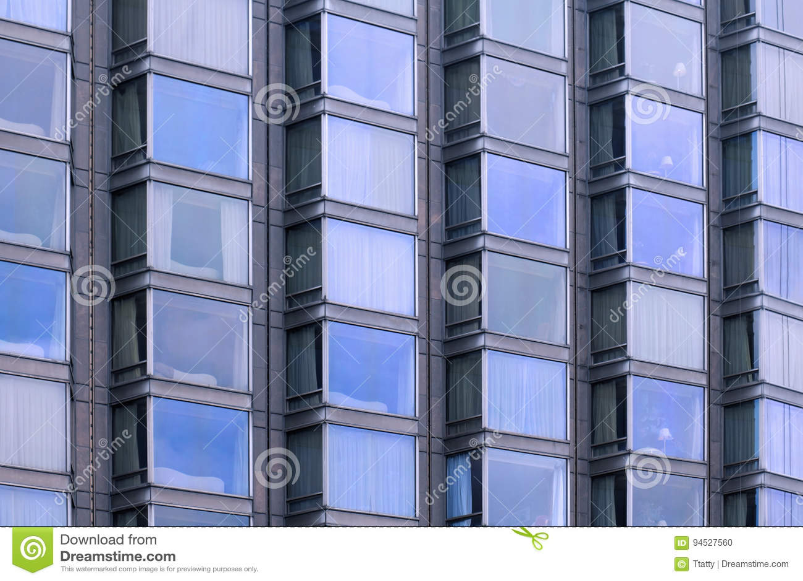 Glasfenster Fassadenmuster