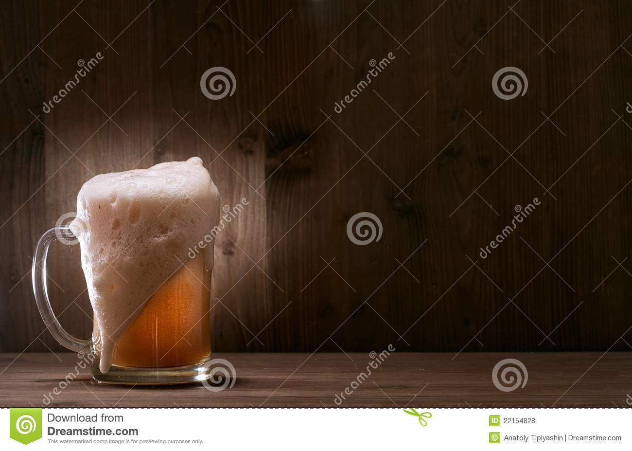 glass beer on wood - photo #16
