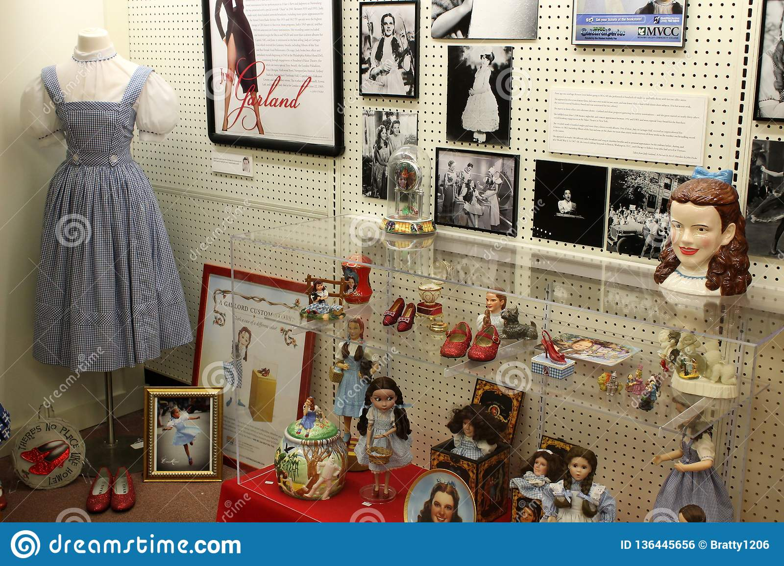 Glass Cases Holding Items From The Wizard Of Oz Era, Oz
