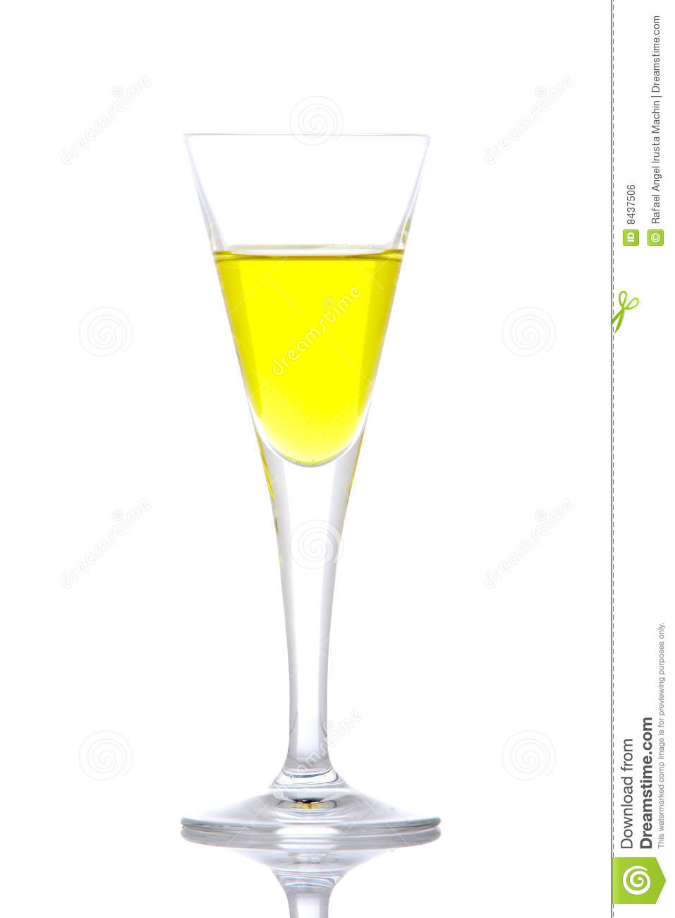 Glass of yellow paradise cocktail
