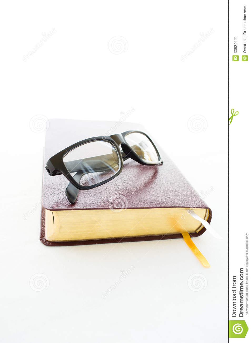 glasses on book - photo #30