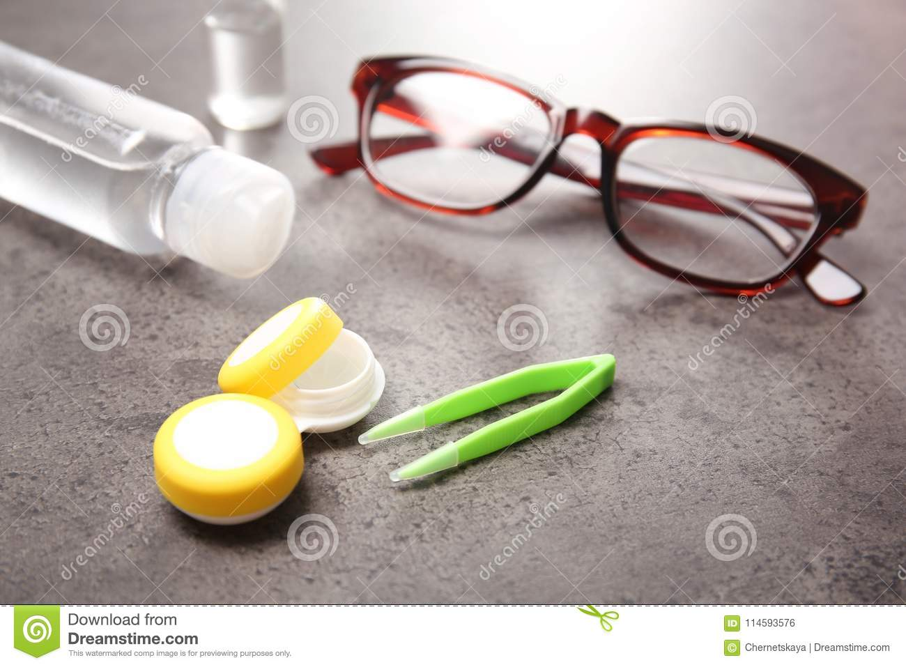 f0315886120 Glasses And Contact Lens Accessories Stock Photo - Image of ...