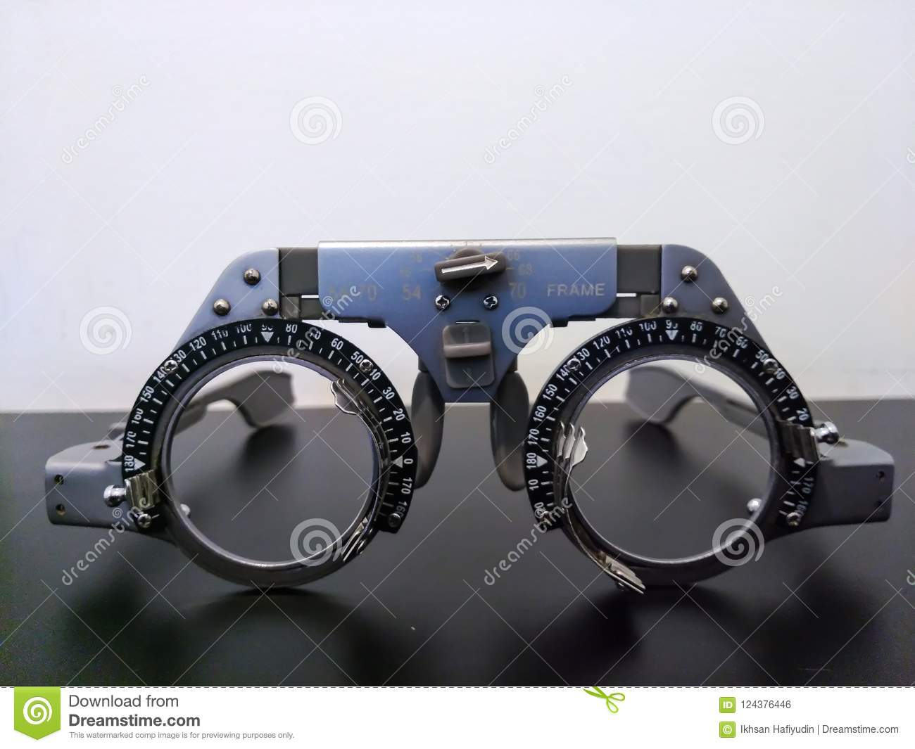 0ef2be7ae7 Glasses Trial is an optical instrument eye exam for Optometrist