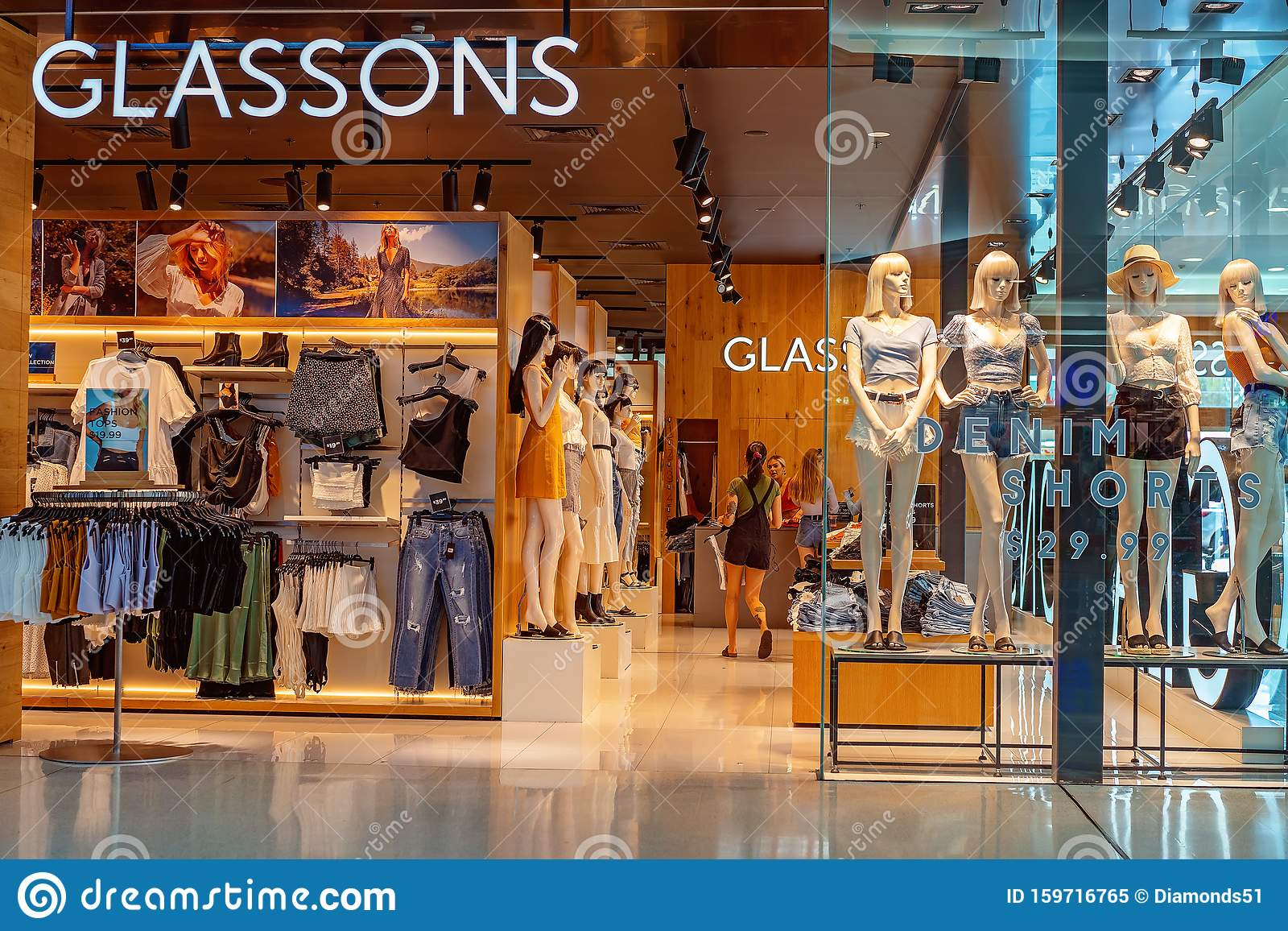 Glassons Womens Fashions Clothing Store Editorial Image ...