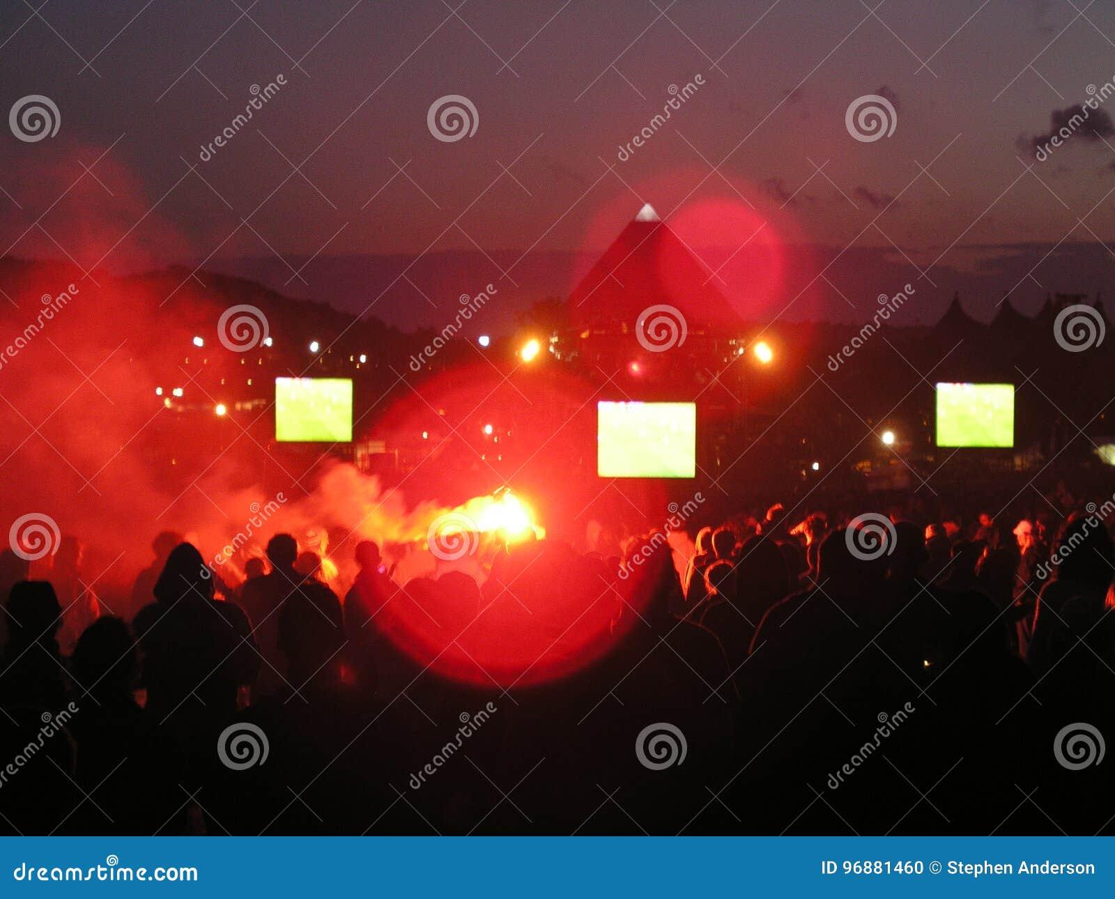 Glastonbury Festival Main Stage 2004 Stock Photo - Image of