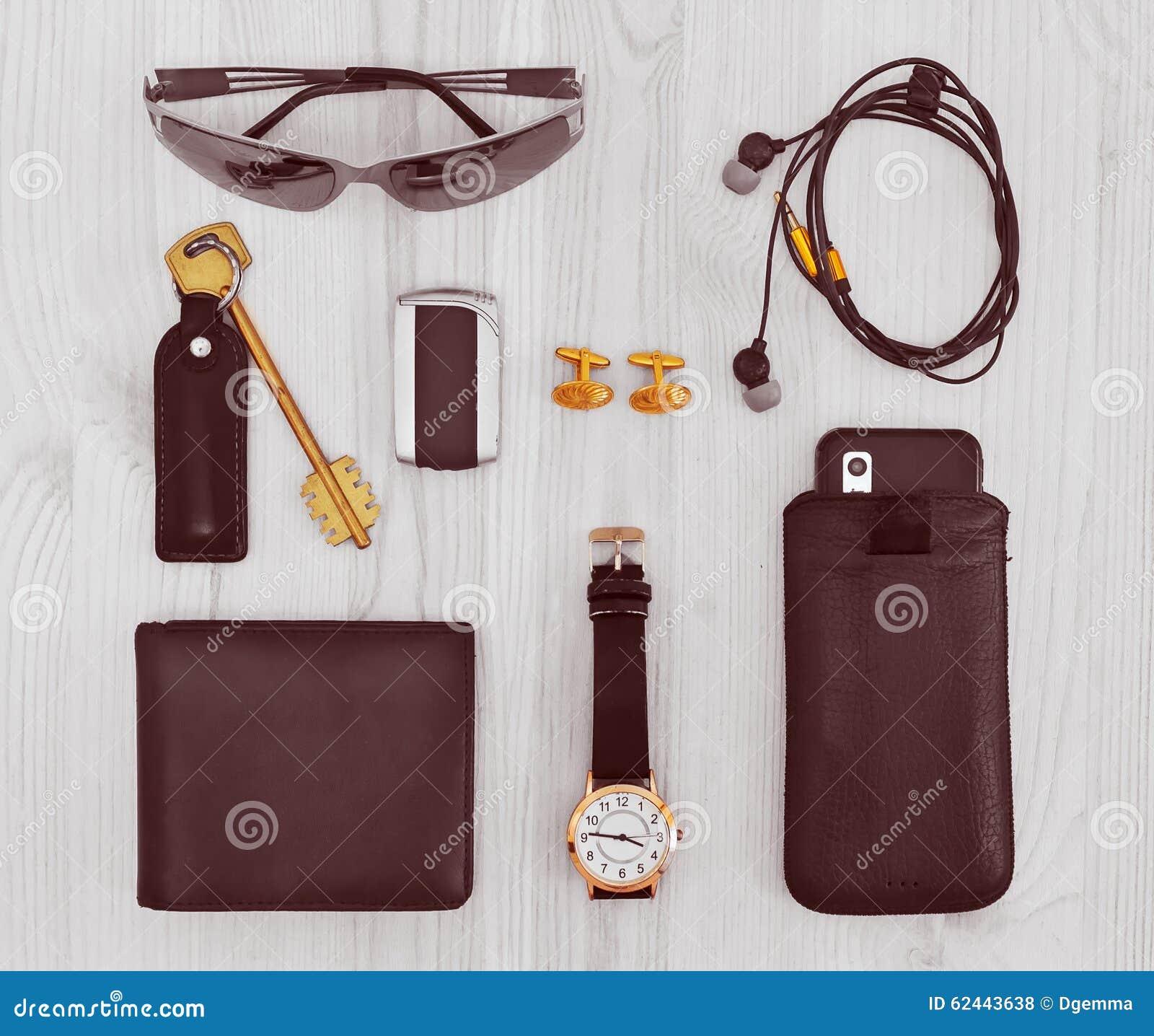 Gli accessori degli uomini moderni