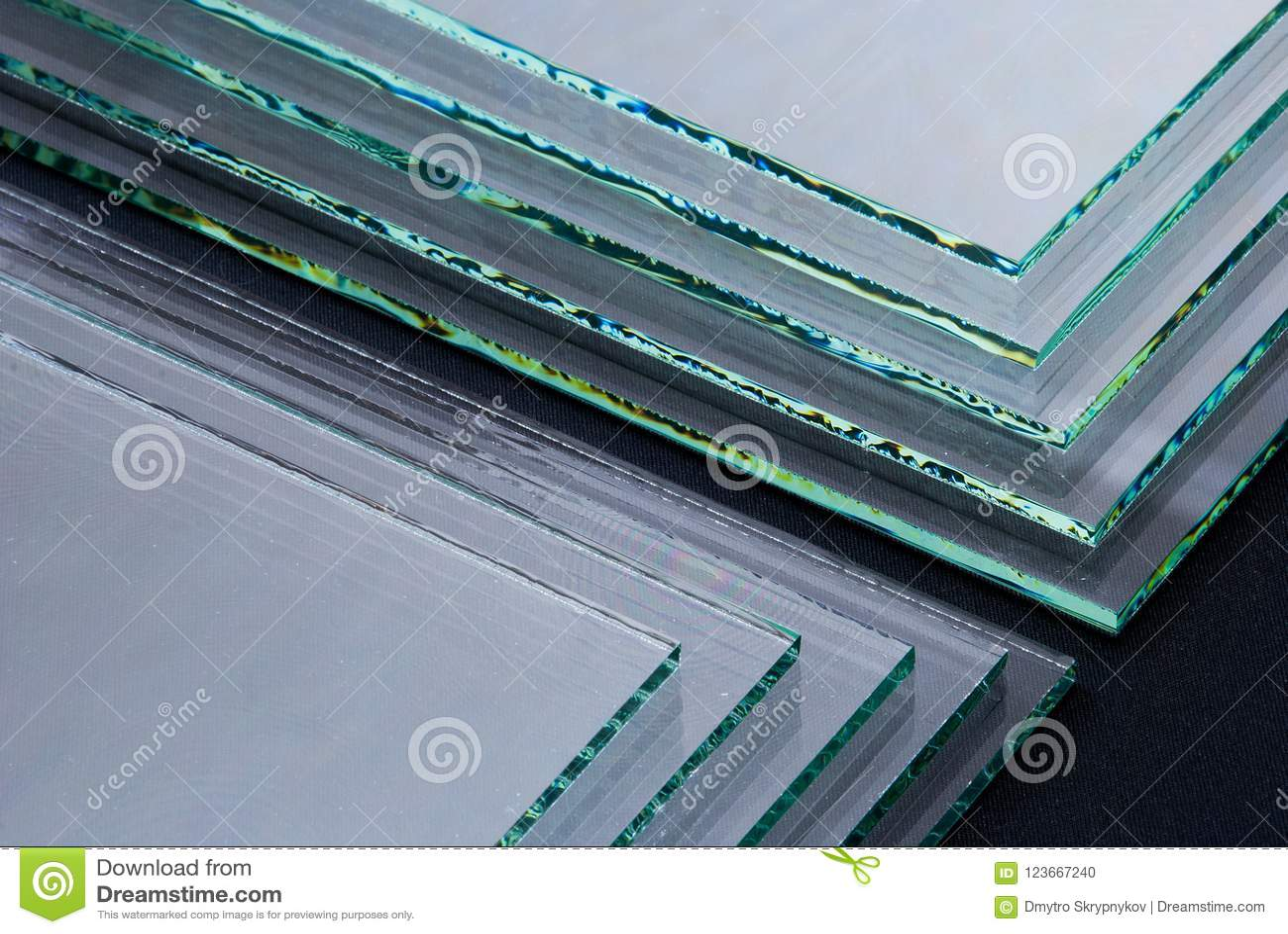 Gli strati pannelli temperati fabbricazione del vetro  float  della fabbrica di chiari hanno tagliato per graduare