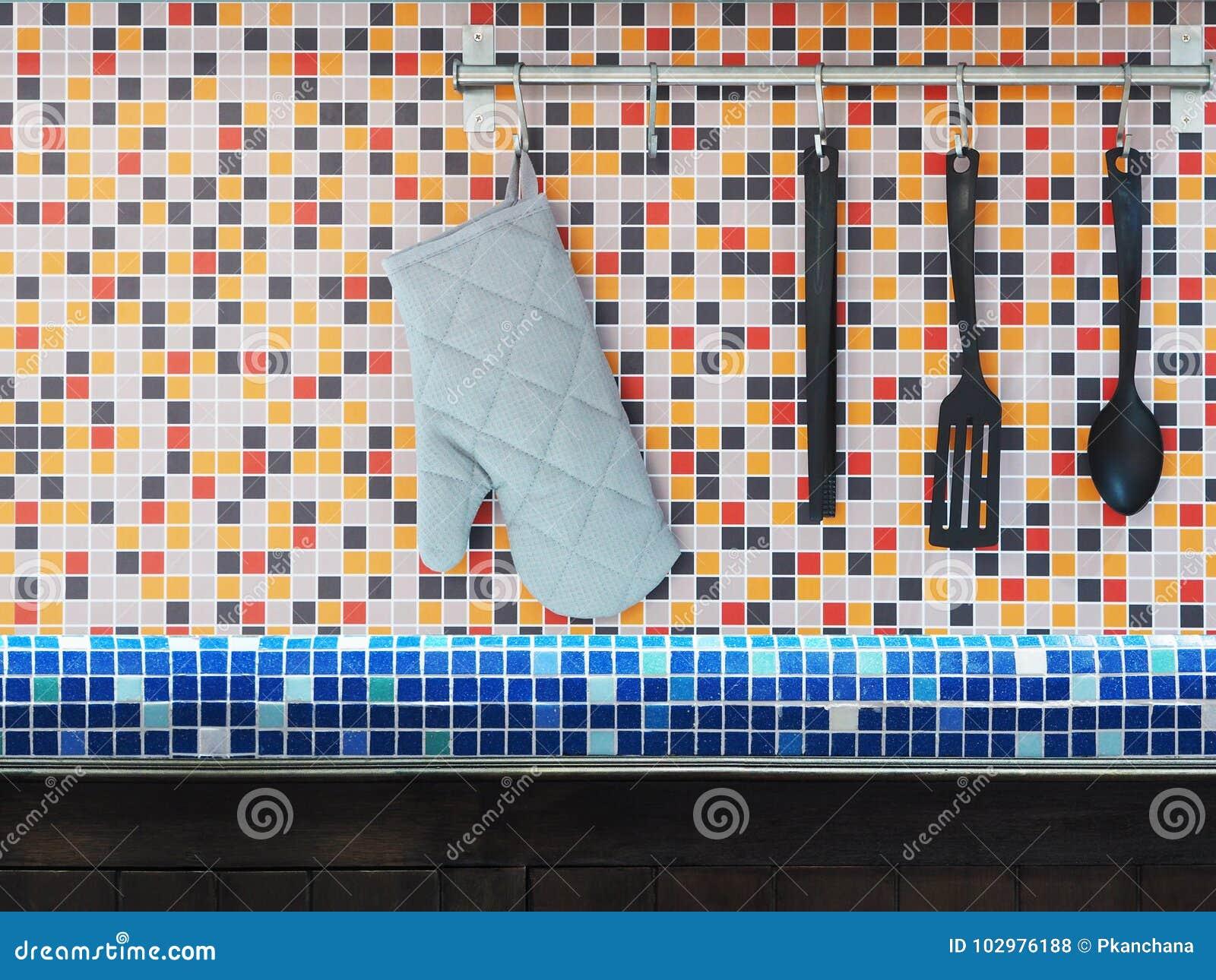Mattonelle mosaico cucina emejing mosaico cucina for Mattonelle mosaico cucina