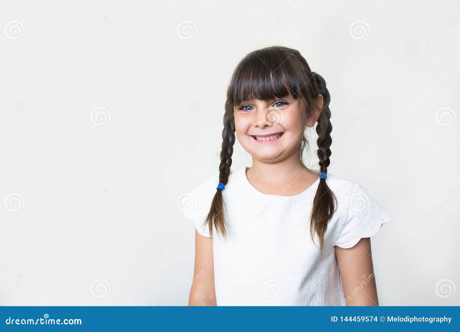 Glimlachend mooi meisje