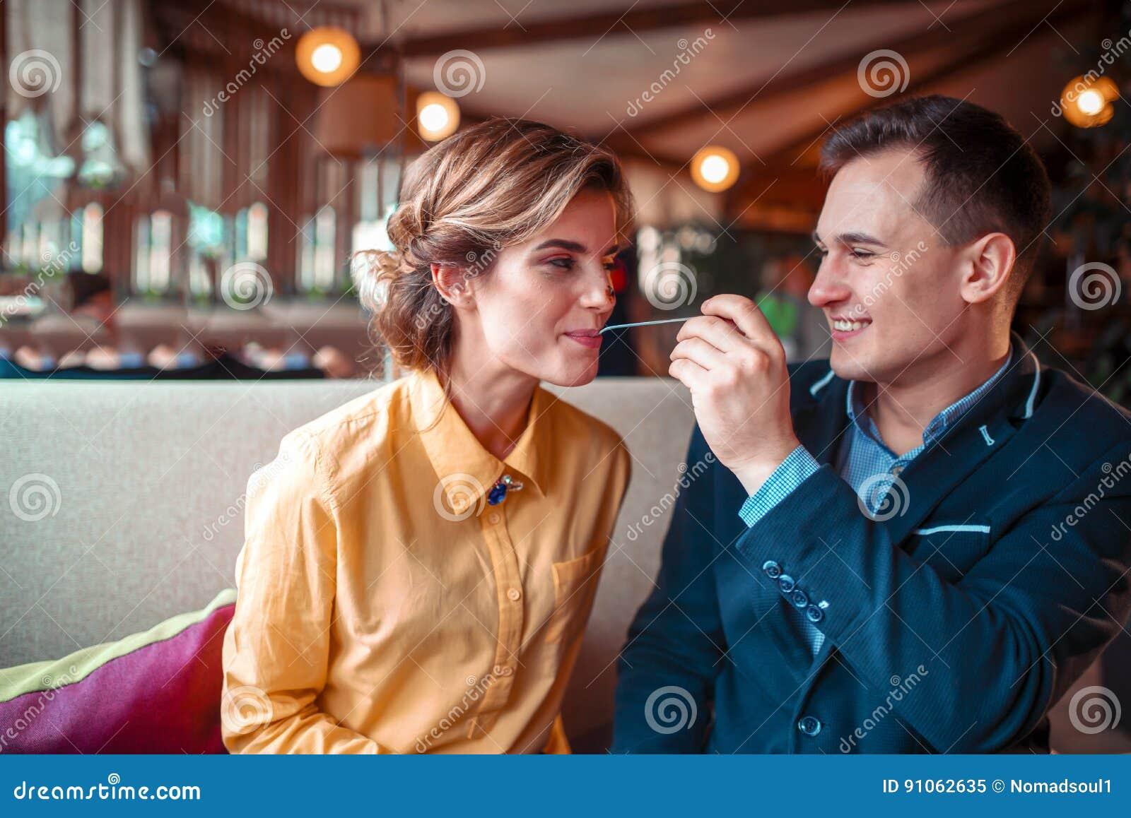 Dating met ex-vriendin