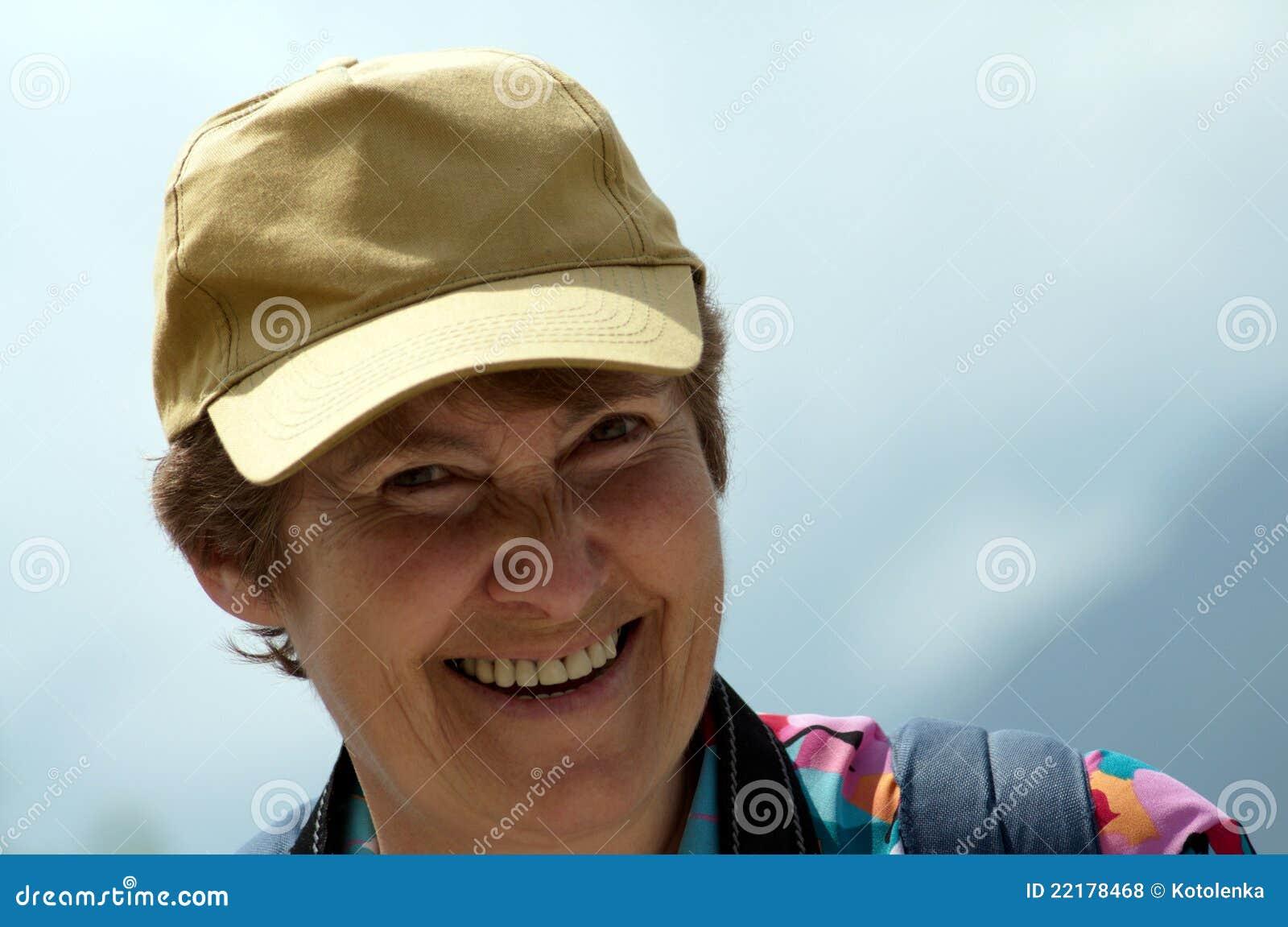 Glimlachende vrouwen op middelbare leeftijd