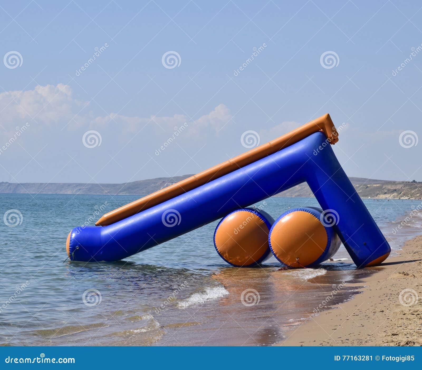 Glissières gonflables à glisser dans l eau
