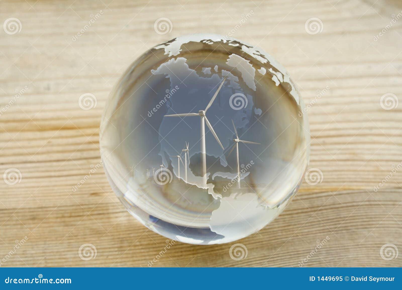 Globe de bille en cristal avec la ferme de vent au-dessus du nord et de l Amérique Centrale