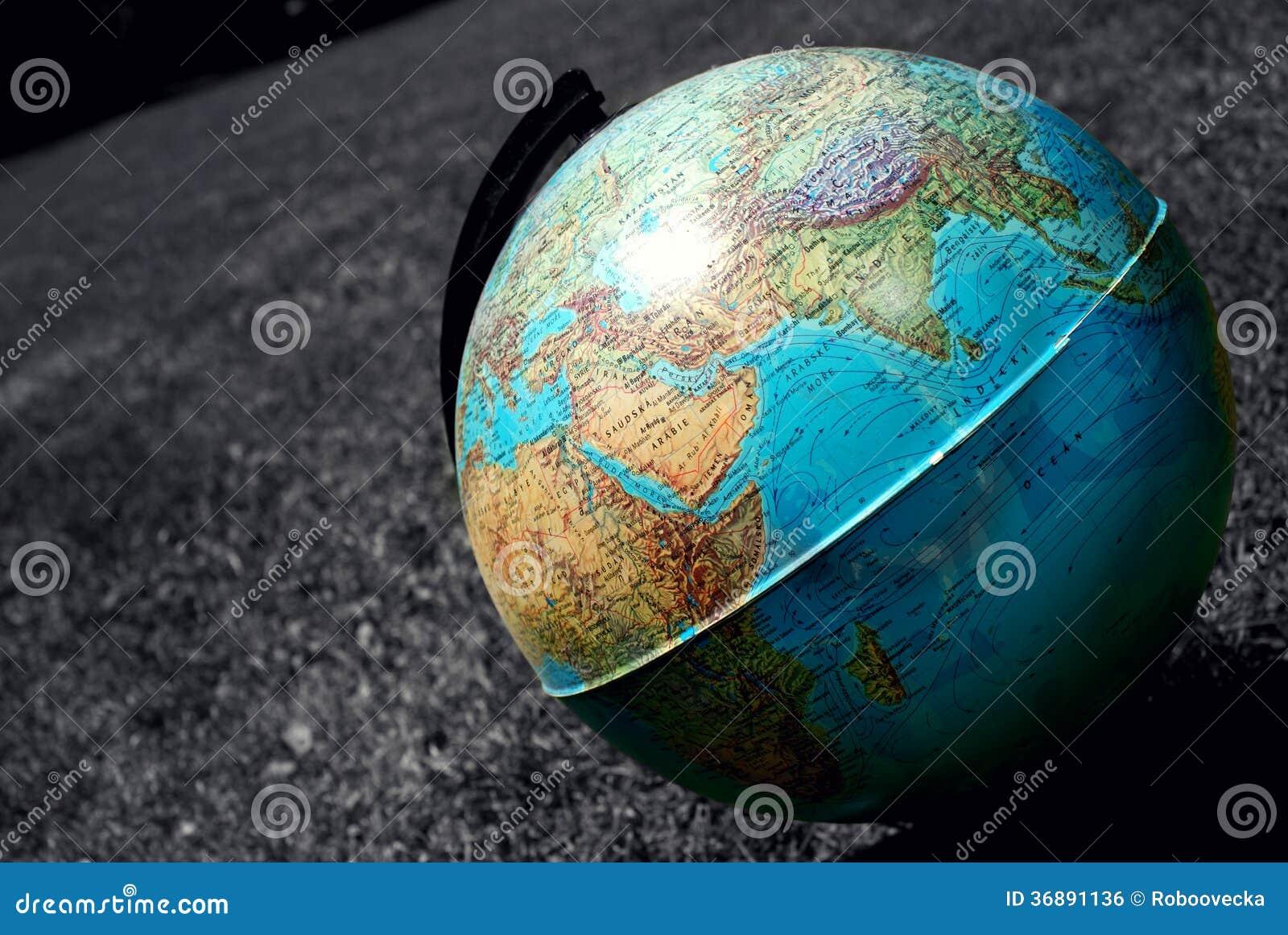 Download Globo fotografia stock. Immagine di oggetti, terra, esterno - 36891136