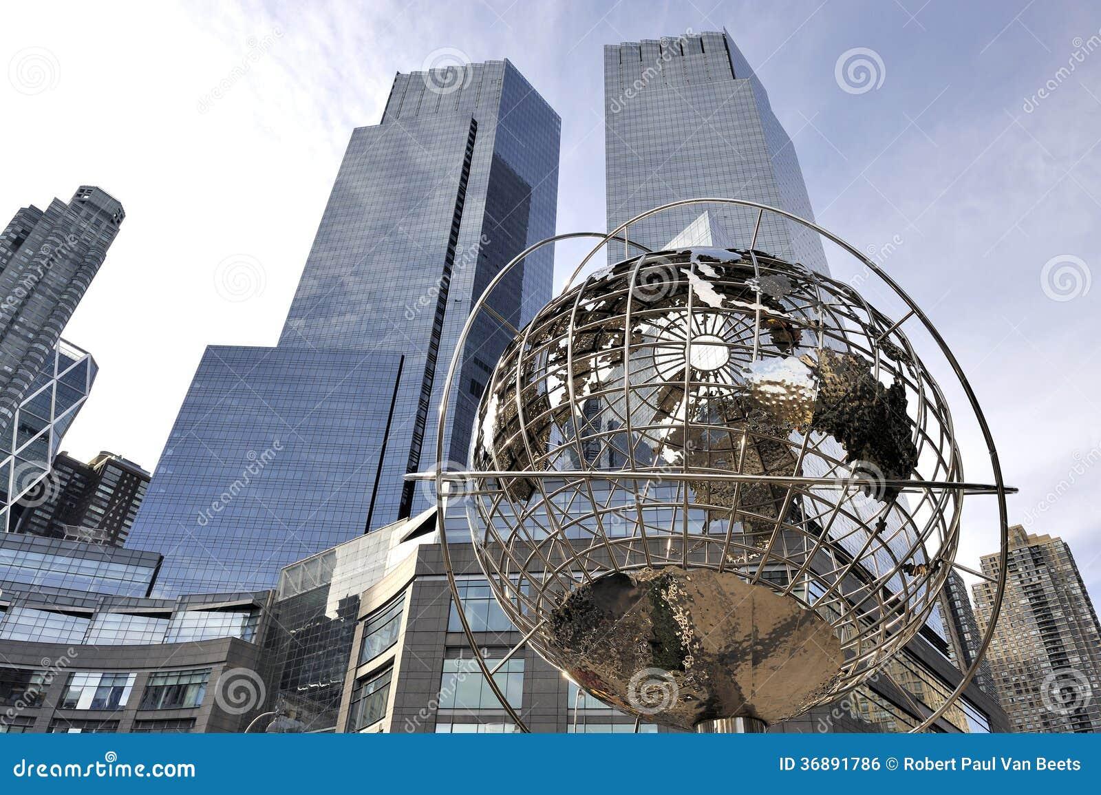 Download Globo A Columbus Circle - Manhattan - New York Fotografia Editoriale - Immagine di costruzione, metropolis: 36891786