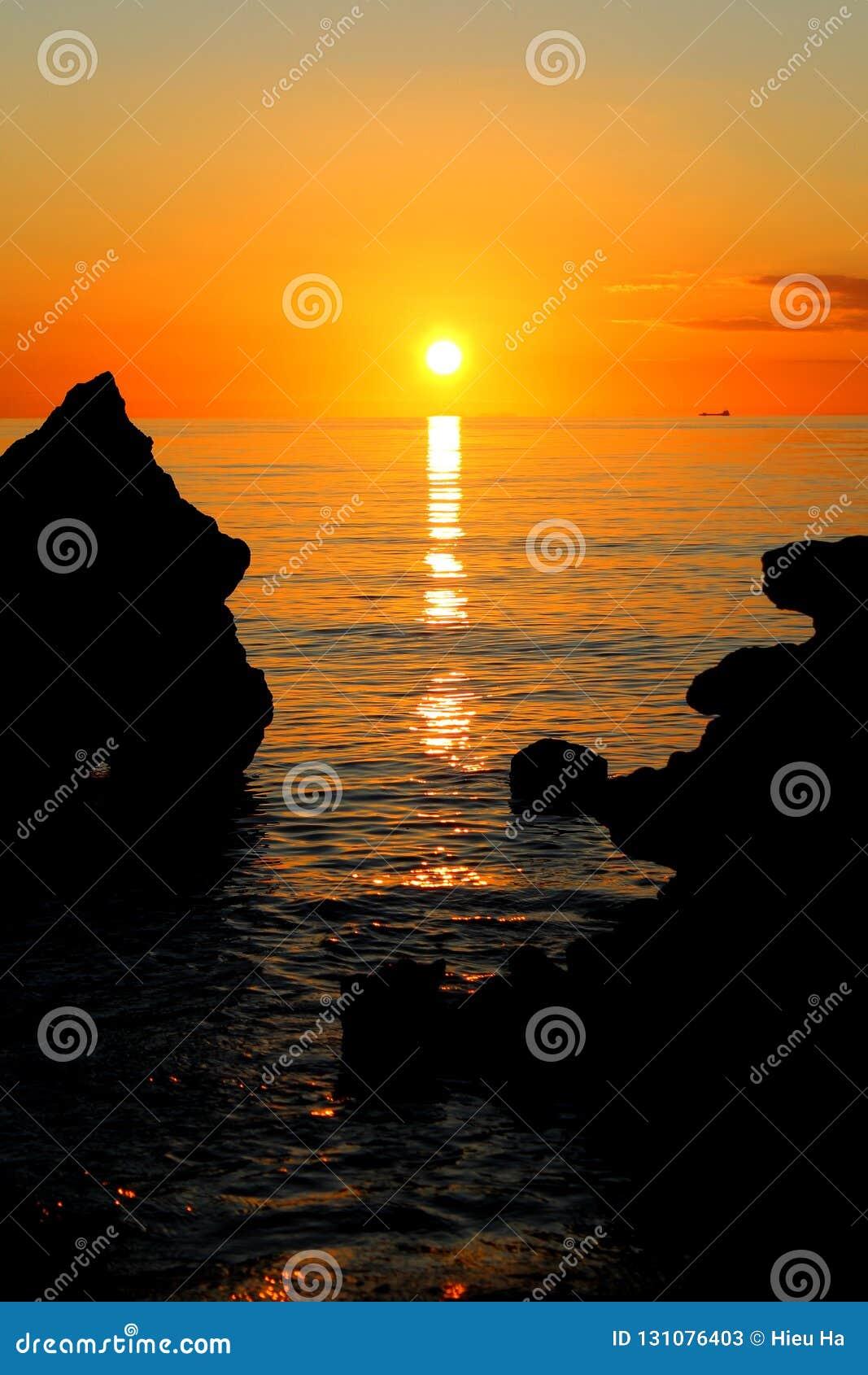 Glorierijke Zonsondergang in Mills Beach in Mornington, Mornington-Schiereiland, Melbourne, Victoria, Australië