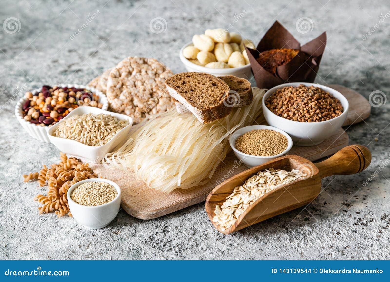 Gluten diety bezpłatny pojęcie - wybór adra i węglowodany dla ludzi z gluten nietolerancyjnością