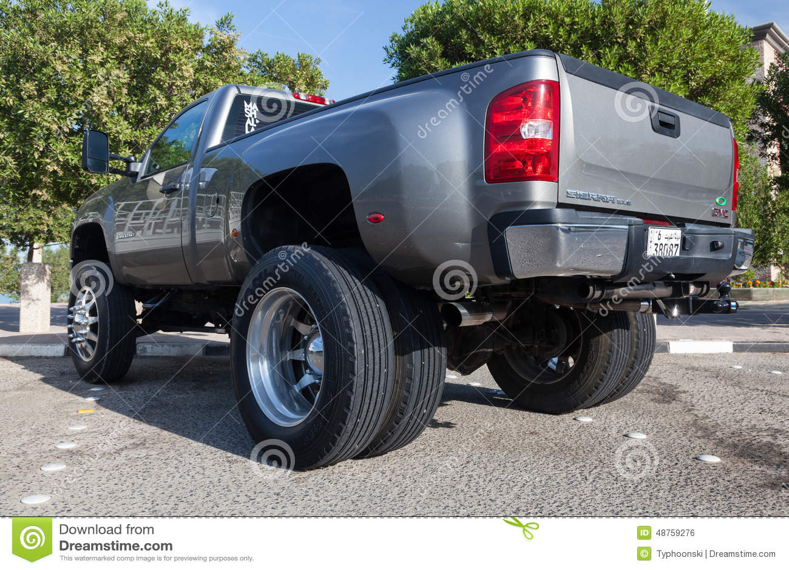 Gmc sierra pickup truck in kuwait editorial photo image for Motor city gmc used trucks