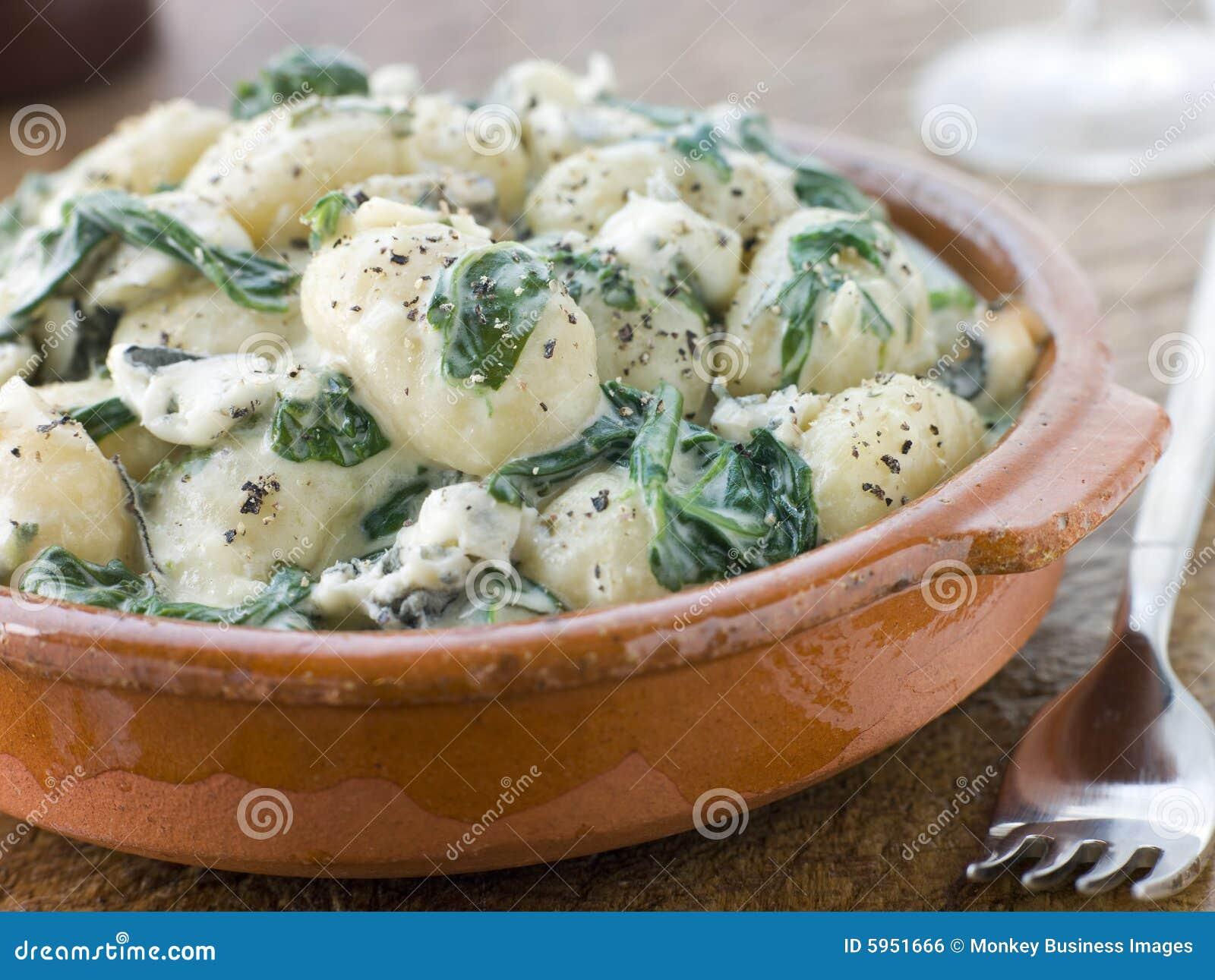 Gnocchi and Spinach with a Gorgonzola Cream Sauce