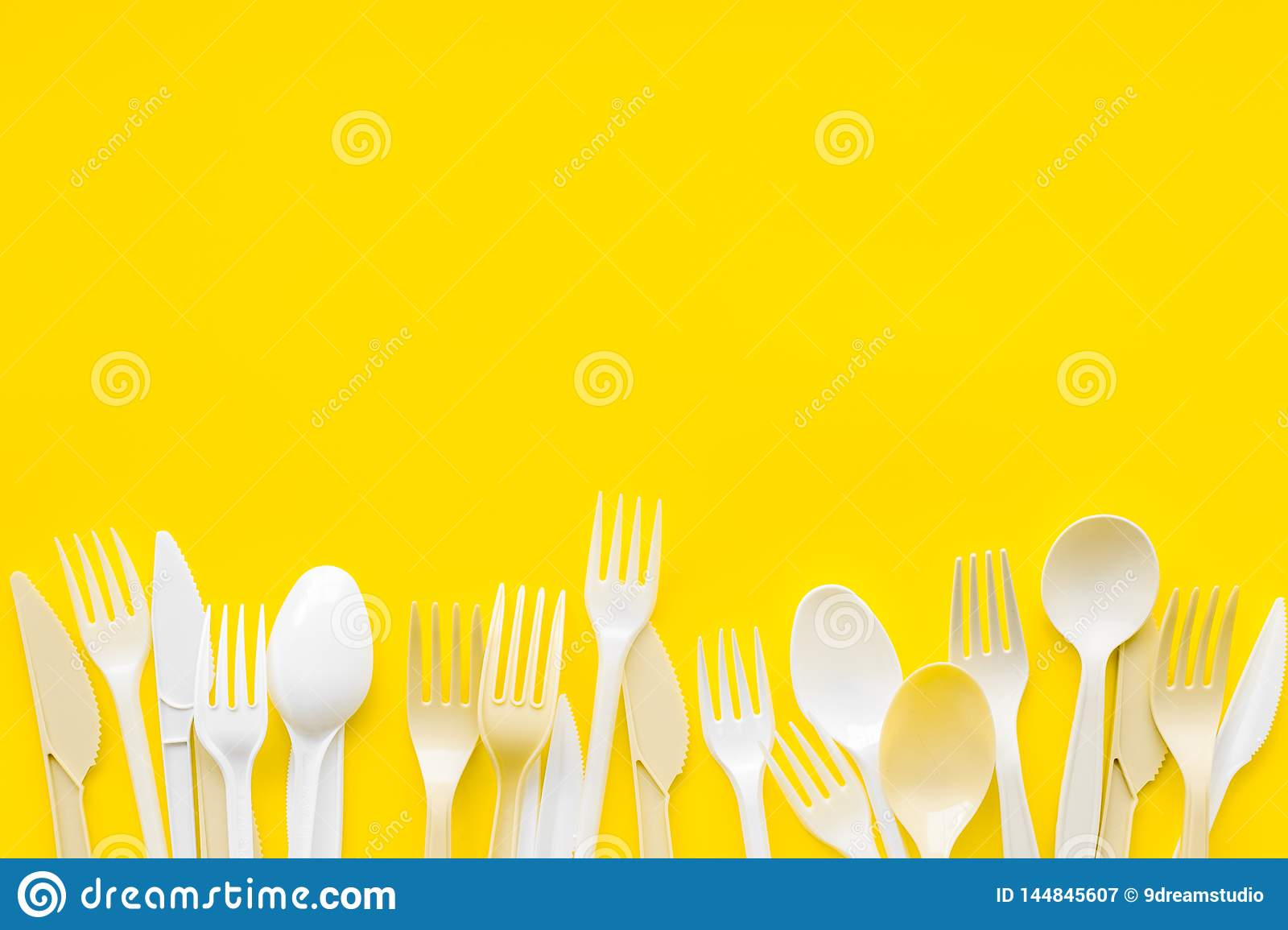 Plastic Flatware Forks Spoons Knifes For Eco And Earth