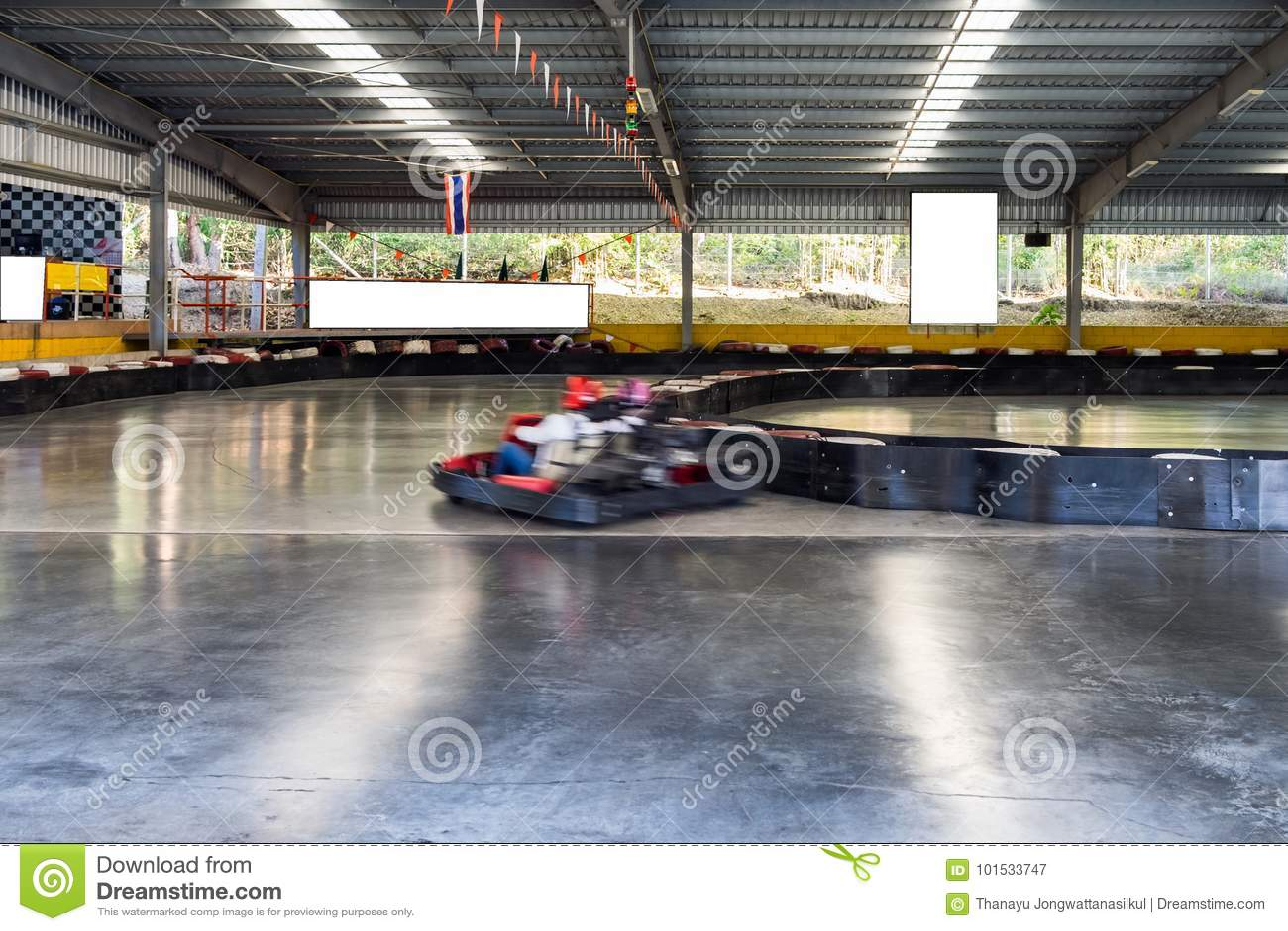 Go-kart motion drive in track
