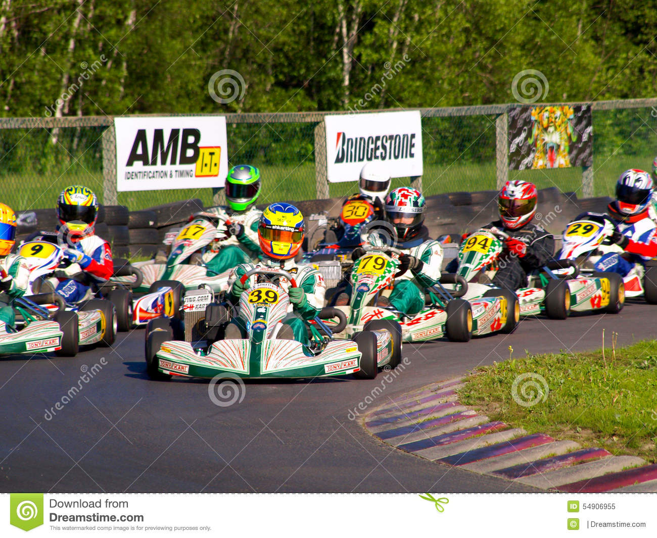 Go kart racing editorial image image 54906955 for Go kart montreal exterieur