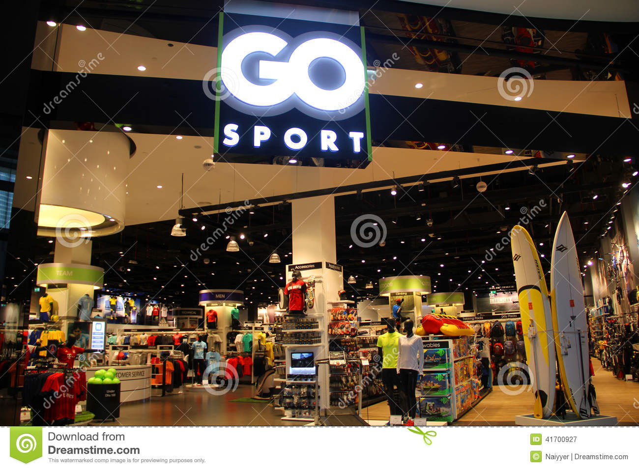 GO Sports Retail Outlet editorial photography. Image of