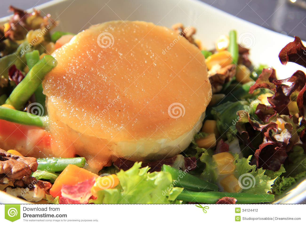 Goat Cheese Salad Stock Photography - Image: 34124412