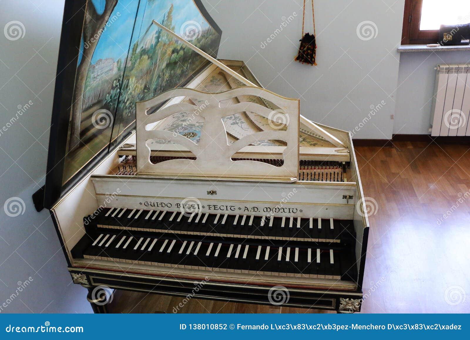 Goermans-Taskin Harpsichord overview2