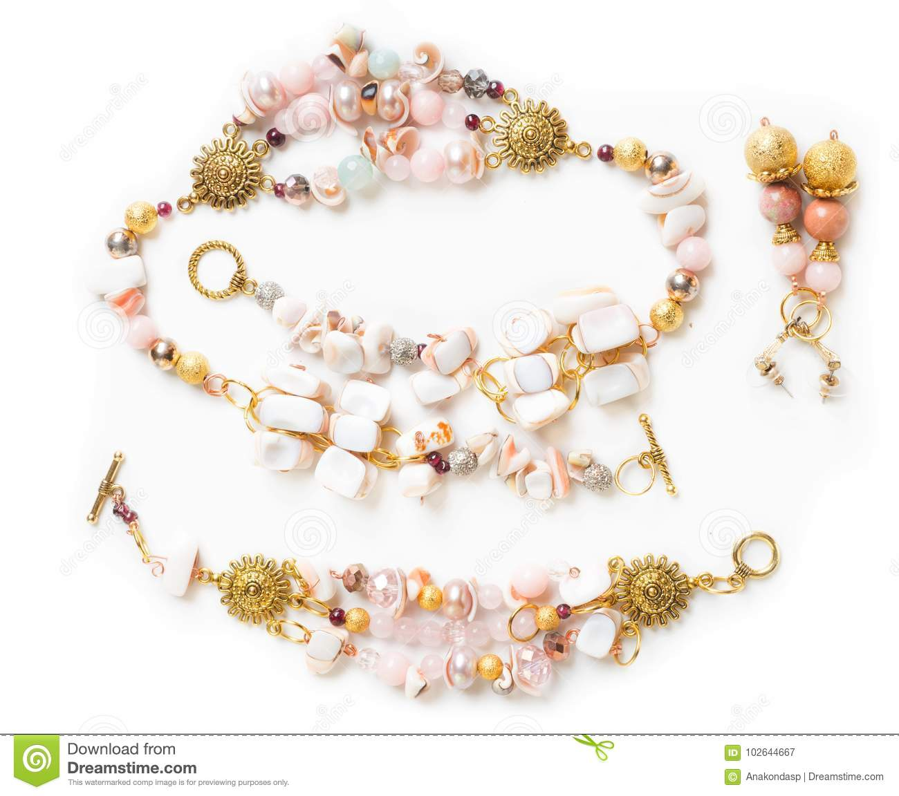 Gold bracelet and necklace with pearls and pink quartz and earr