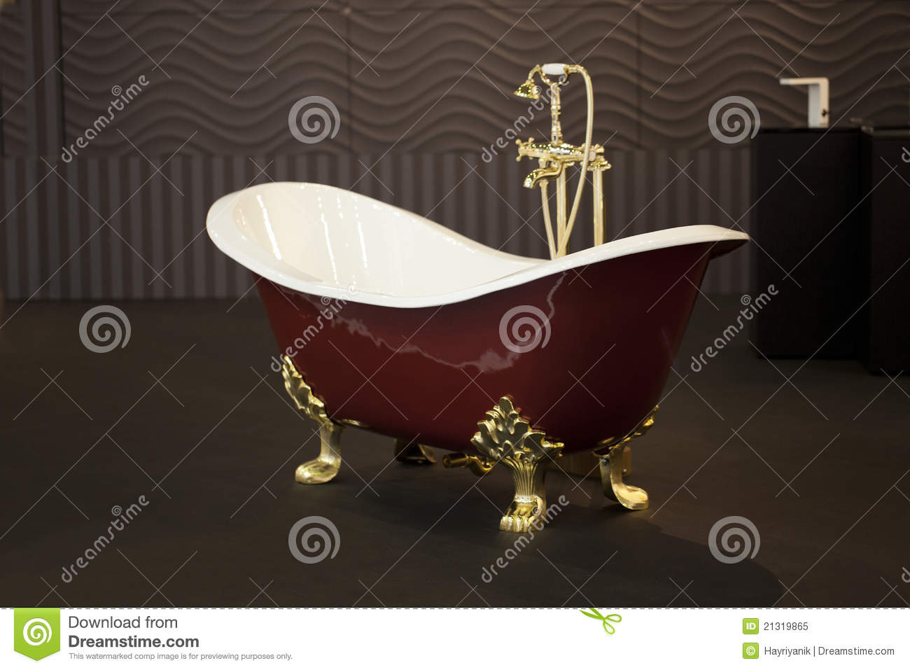 Gold Clawfoot Bath Tub stock image. Image of golden, clawfeet - 21319865