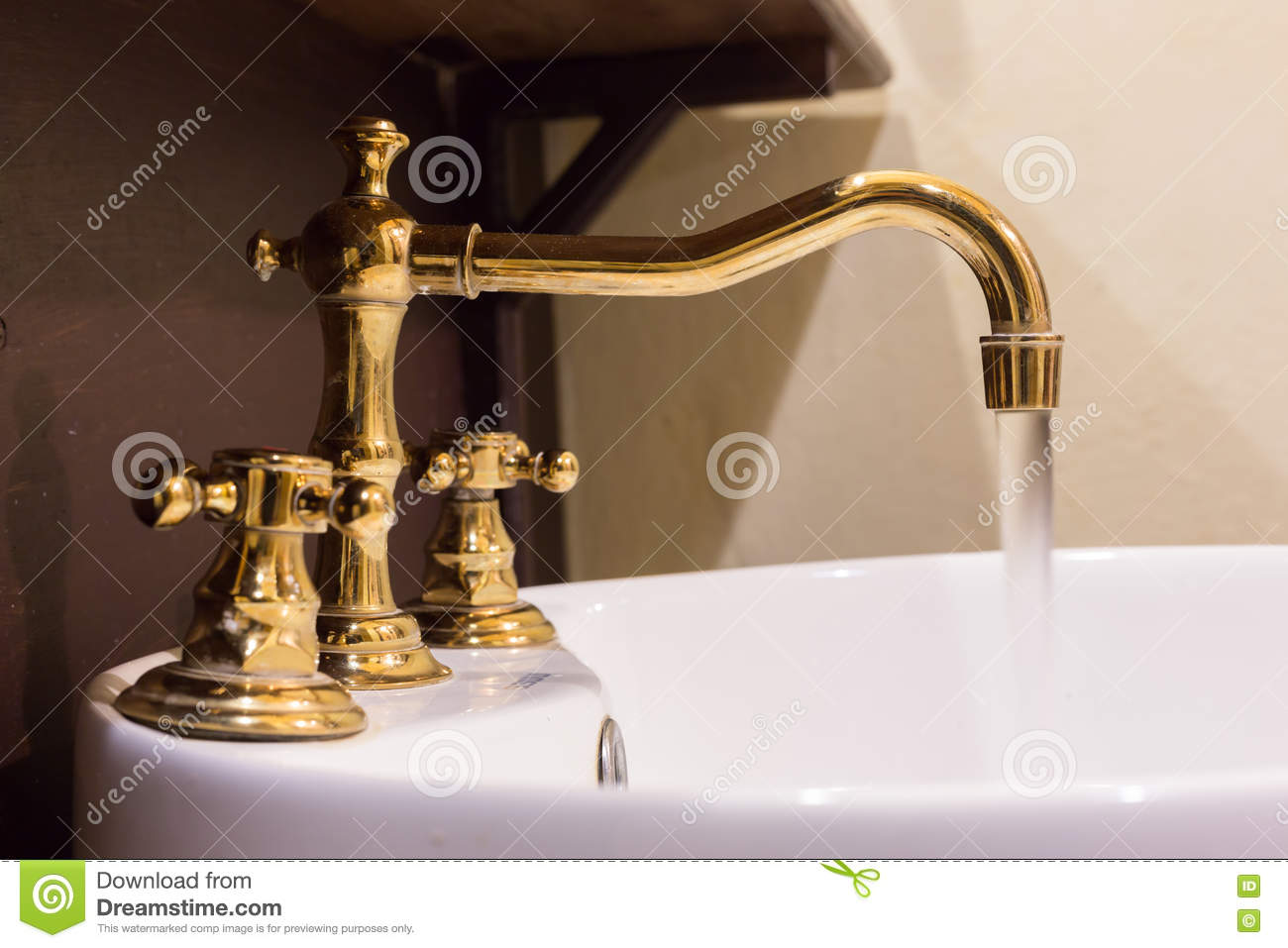 Famous Tub Paint Tiny Bathtub Repair Contractor Rectangular How To Paint A Bath Tub Painting The Bathtub Young Miracle Method Refinishing SoftReglazing Shower Gold Faucet And Washbasin Design Stock Photo   Image: 79582464