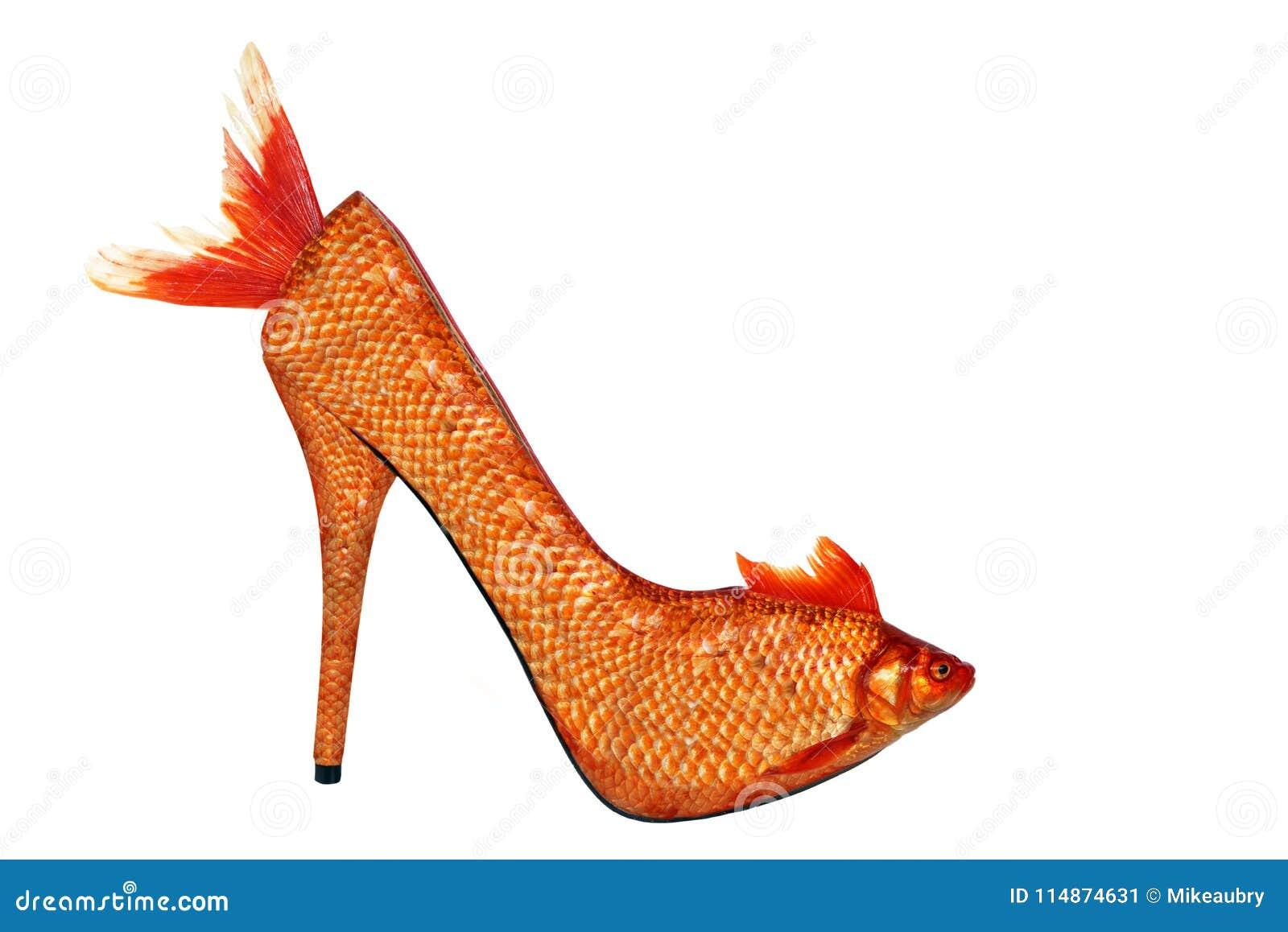 d845ac498291 Gold Fish High Heel