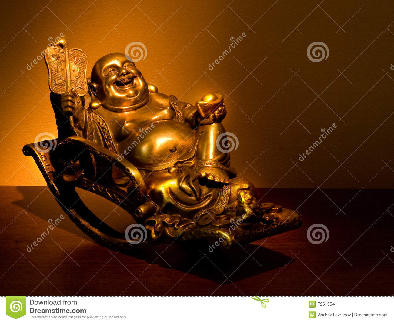 Gold Hotei seating in the rocking-chair