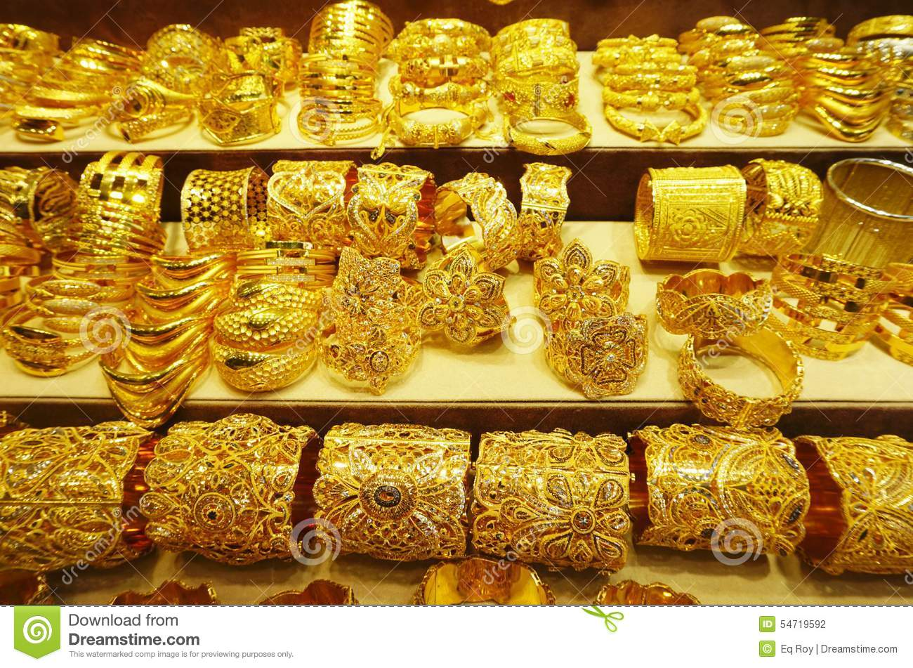 souk for united arab picture bracelets detail sale royalty free emirates stock at in image gold photo dubai