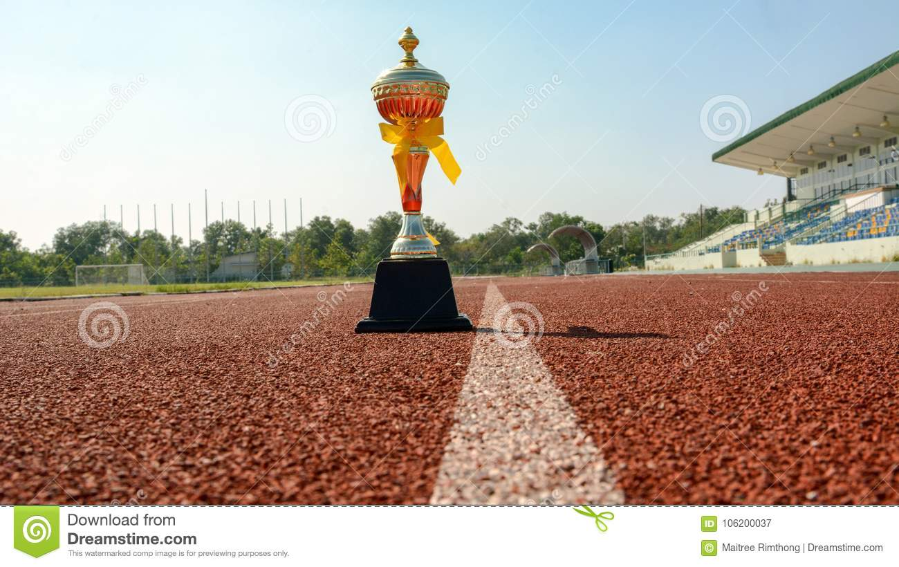 Gold One Trophy, track running, gold trophy cup Running race lane