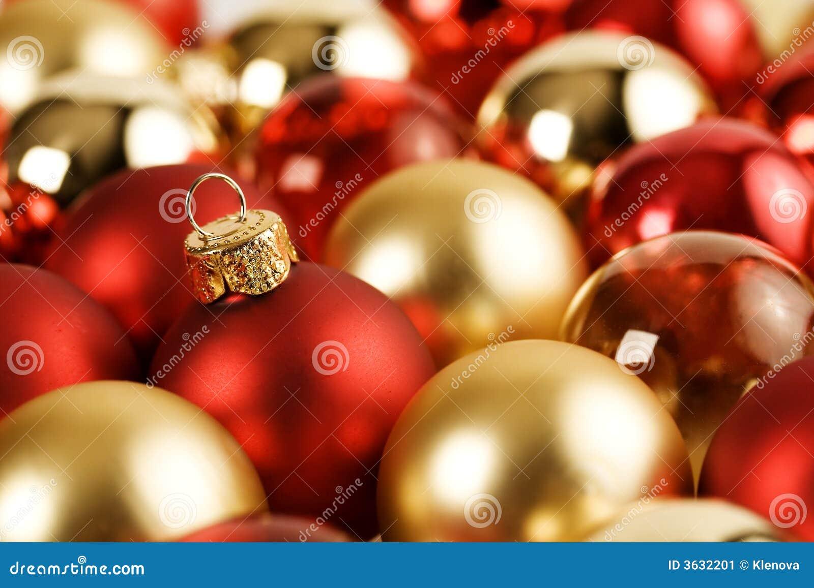 gold rot weihnachtskugeln stockbild bild 3632201. Black Bedroom Furniture Sets. Home Design Ideas